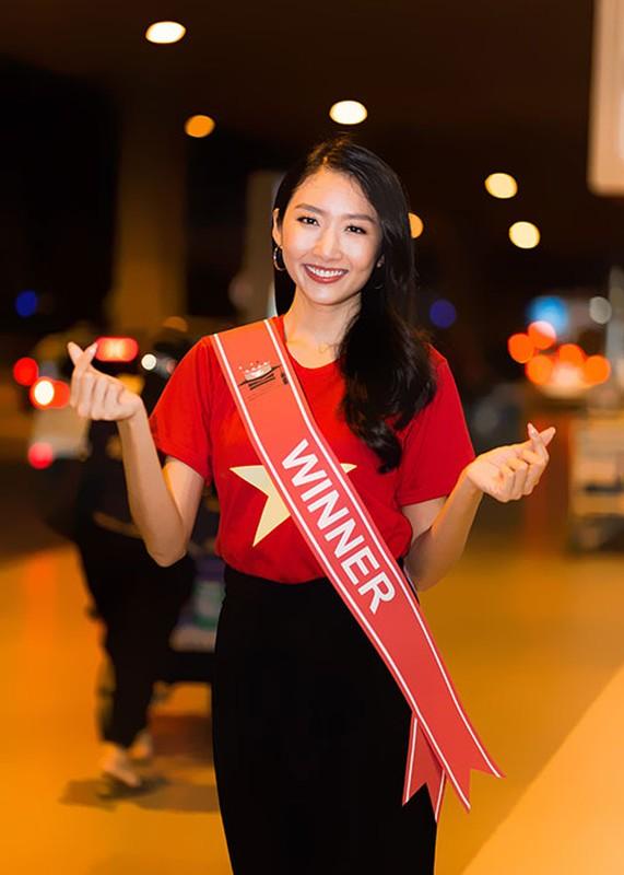 Thanh Khoa gian di ve nuoc sau dang quang Hoa hau Sinh vien The gioi 2019-Hinh-4