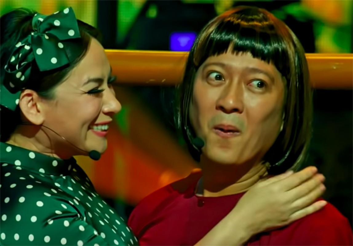 Truong Giang tai mat khi duoc Phi Nhung om hon truoc hang nghin khan gia-Hinh-6