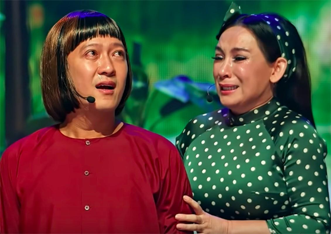 Truong Giang tai mat khi duoc Phi Nhung om hon truoc hang nghin khan gia-Hinh-7