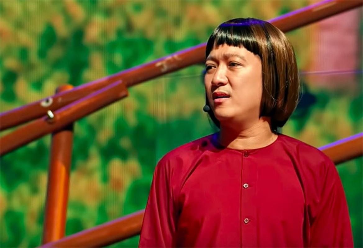 Truong Giang tai mat khi duoc Phi Nhung om hon truoc hang nghin khan gia