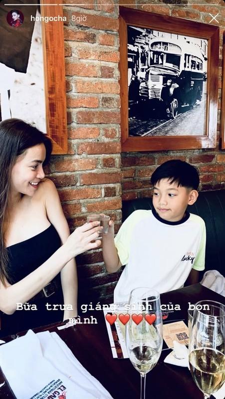 Cuong Do La khoe don Giang sinh am ap ben Dam Thu Trang-Hinh-5