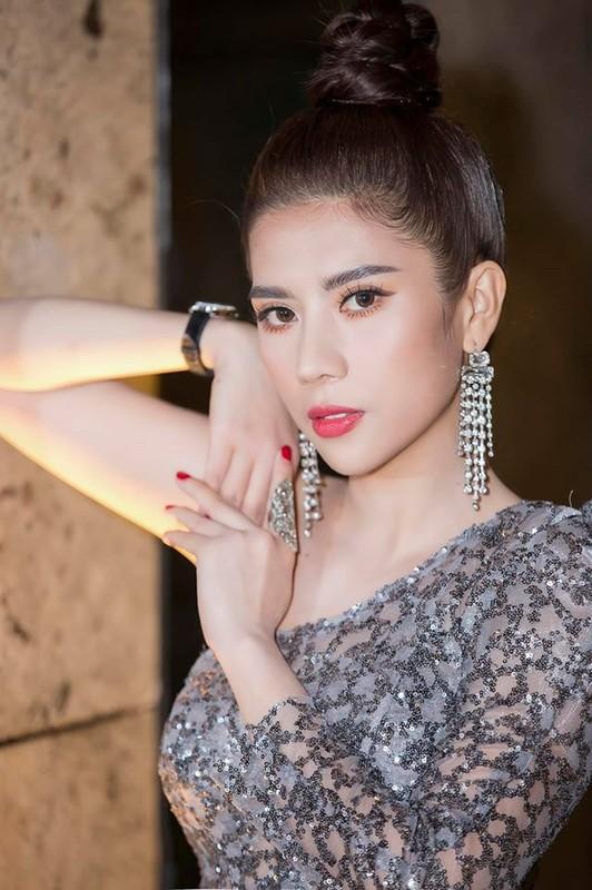 Nhan sac Hoa hau Duong Yen Nhung doc tu nhay cam o su kien Ngoi sao xanh-Hinh-3