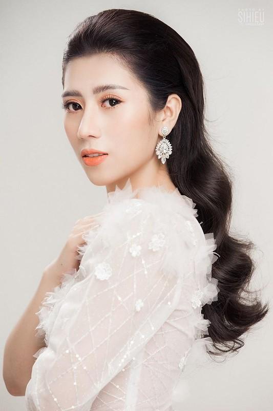 Nhan sac Hoa hau Duong Yen Nhung doc tu nhay cam o su kien Ngoi sao xanh-Hinh-6