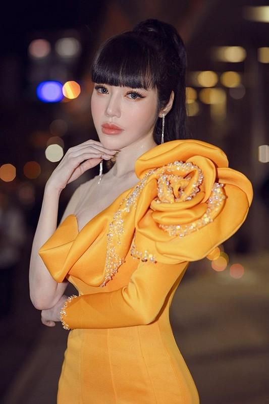 Elly Tran lan dau trai long giua nghi van chong Tay ngoai tinh-Hinh-4