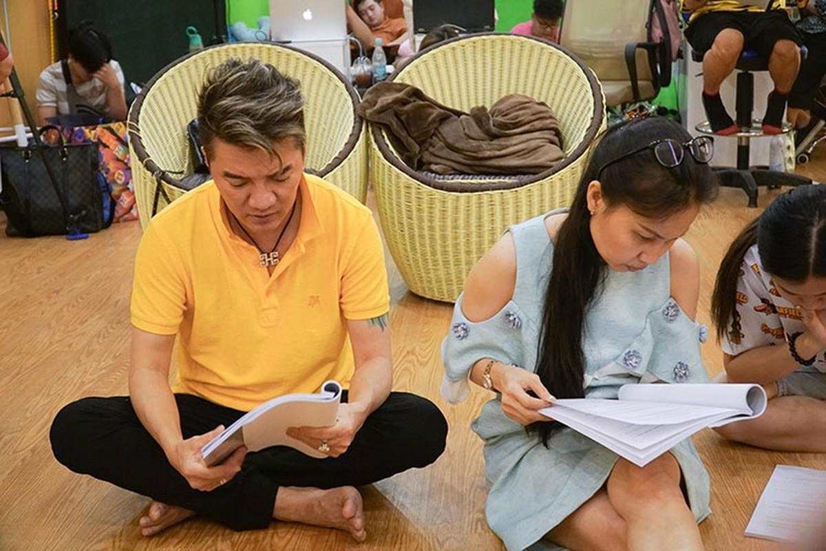 "Dam Vinh Hung nam dai tap kich Tao Xuan, bi Vu Ha ""boc phot"" toi ta"