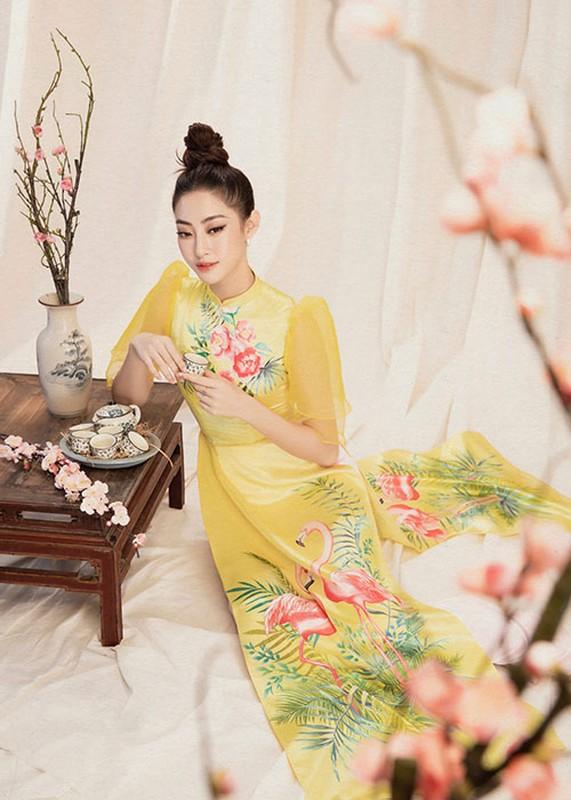 "Hoa hau Luong Thuy Linh dien ao dai ""ninh dang"", xuan sac rang ngoi-Hinh-10"
