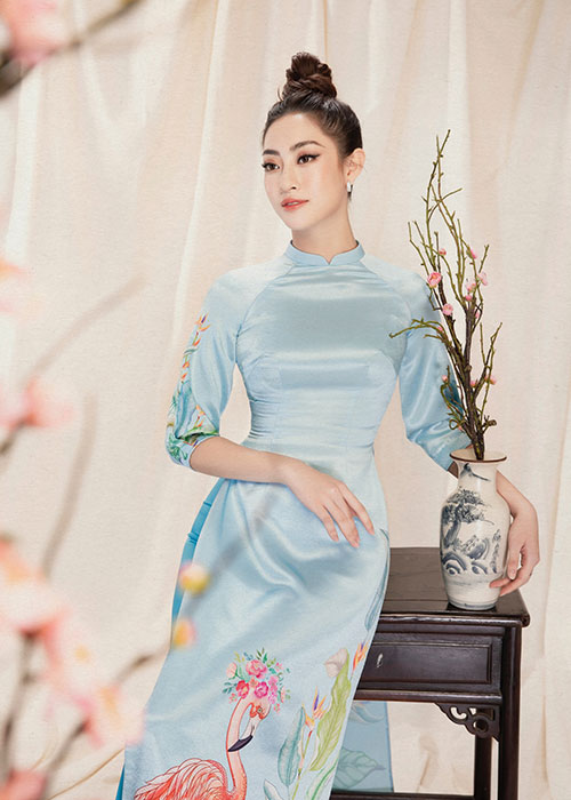 "Hoa hau Luong Thuy Linh dien ao dai ""ninh dang"", xuan sac rang ngoi-Hinh-12"