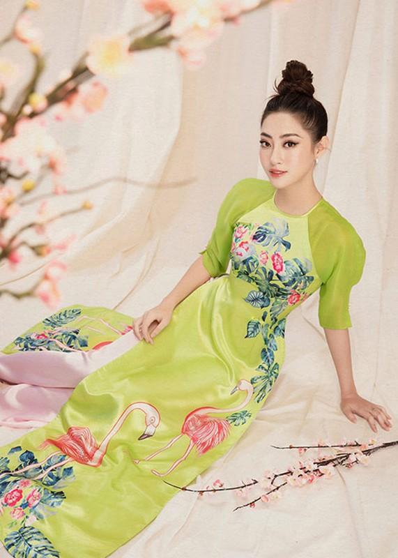 "Hoa hau Luong Thuy Linh dien ao dai ""ninh dang"", xuan sac rang ngoi-Hinh-8"