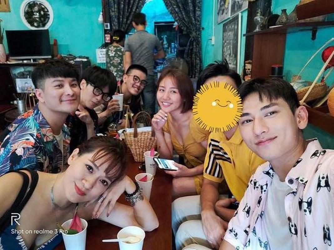Van Mai Huong cham khoe ban trai sau vu bi hack camera lo clip nong-Hinh-8