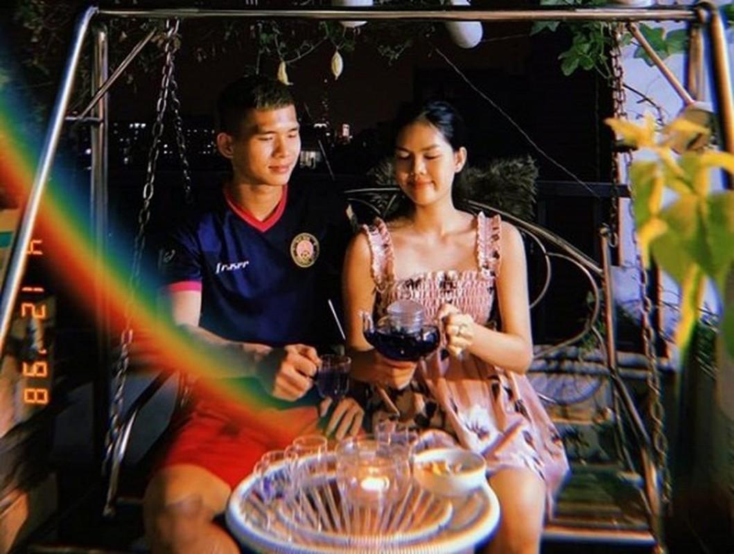 Le Ngoc Trinh len tieng ve tin don hen ho cau thu Le Thanh Phong-Hinh-4