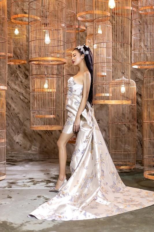 Van Mai Huong mac goi cam, trai long voi cuoc tinh buon ngay Valentine-Hinh-2