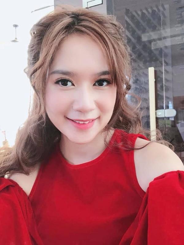 Vo tre dep cua dao dien Ly Hai, sinh 4 con van nhu gai con son-Hinh-13