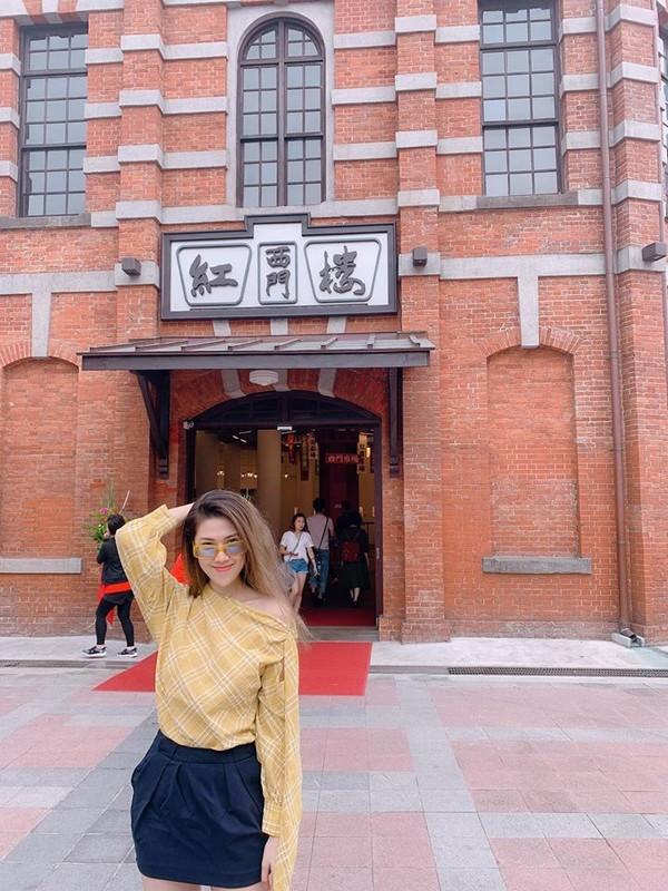 Ve ngoai goi cam hut mat cua ban gai Song Luan-Hinh-11