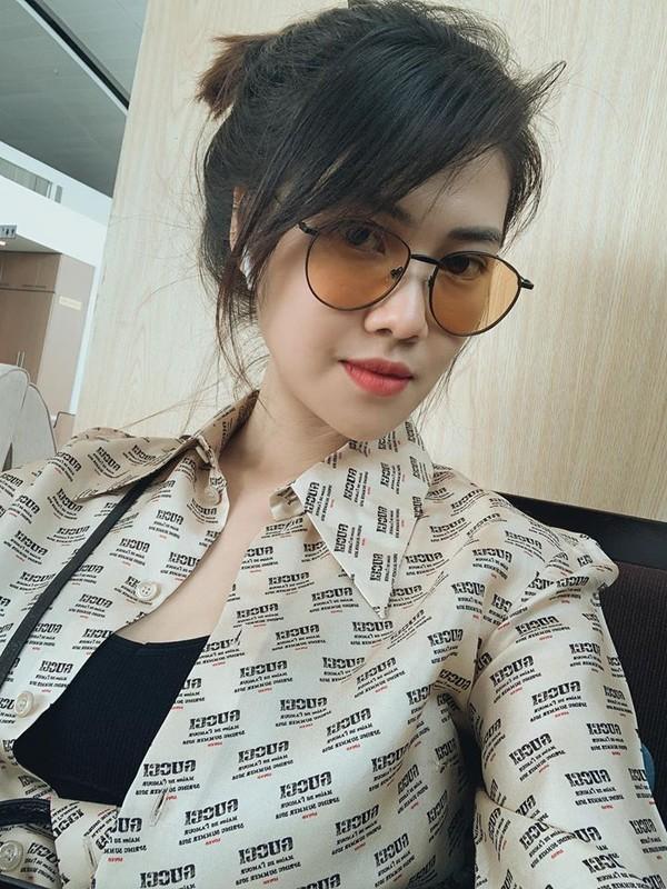 Ve ngoai goi cam hut mat cua ban gai Song Luan-Hinh-3