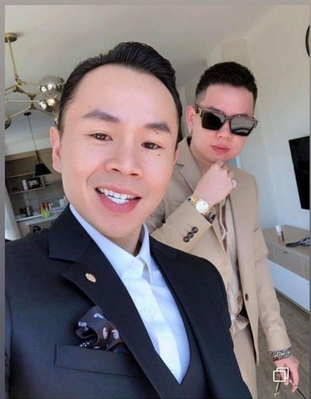 Dam cuoi Toc Tien nhung Binz moi gay chu y boi ham rang kim cuong tien ty-Hinh-3