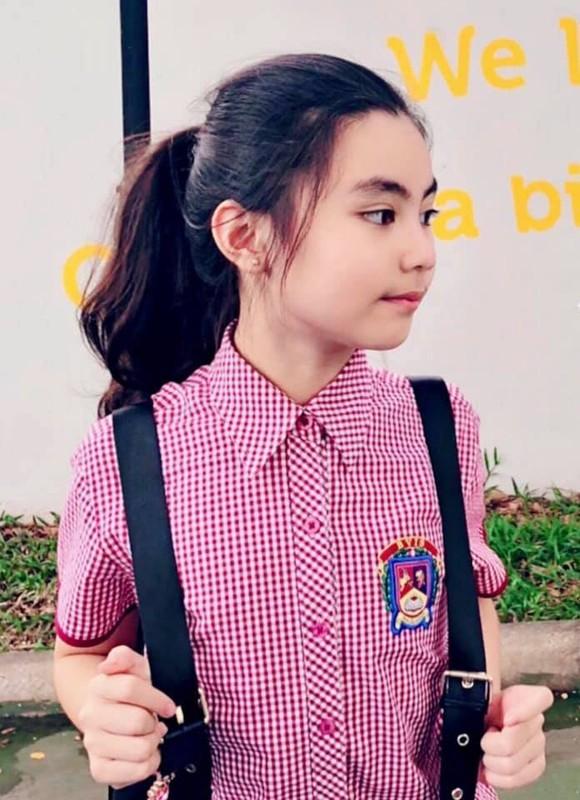 Con gai xinh nhu hoa hau, nhieu tai le cua MC Quyen Linh-Hinh-14