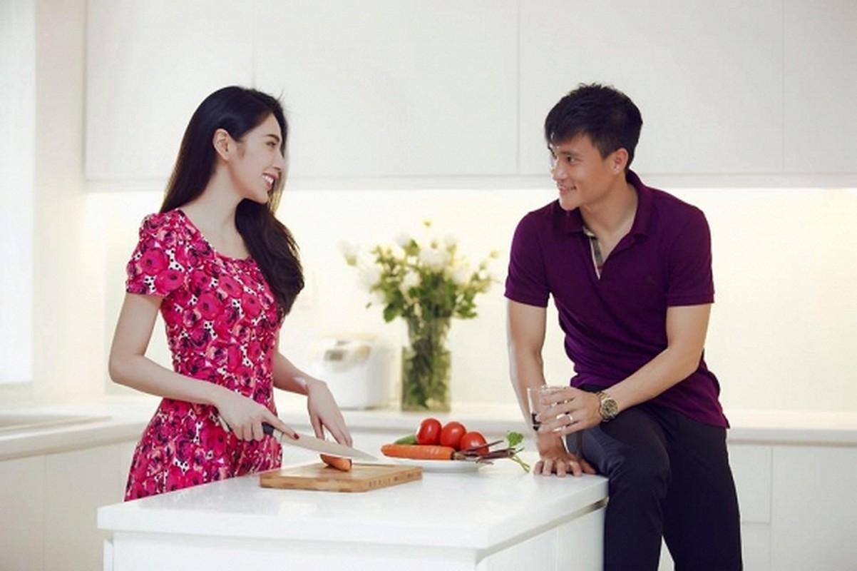 """Thuy Tien kheo chieu chong cham con, bao sao Cong Vinh khong """"chan com them pho""""-Hinh-3"""