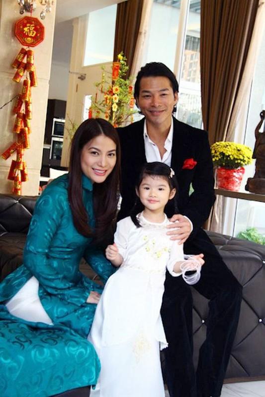 Con gai Truong Ngoc Anh 11 tuoi so huu doi chan dai, noi 3 thu tieng-Hinh-17