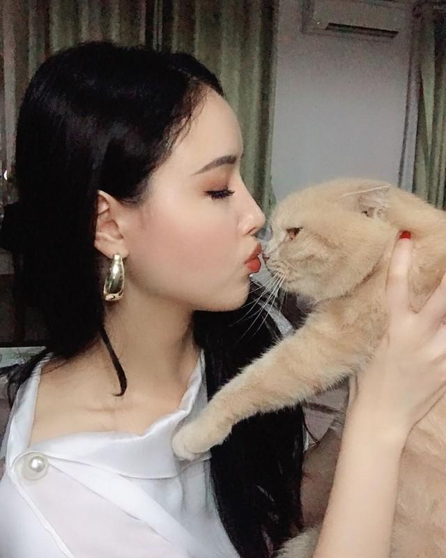 """Em gai Mai Phuong Thuy """"tro ma"""" xinh dep, goi cam lan luot chi hoa hau-Hinh-11"""