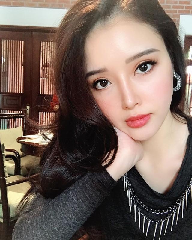 """Em gai Mai Phuong Thuy """"tro ma"""" xinh dep, goi cam lan luot chi hoa hau-Hinh-2"""