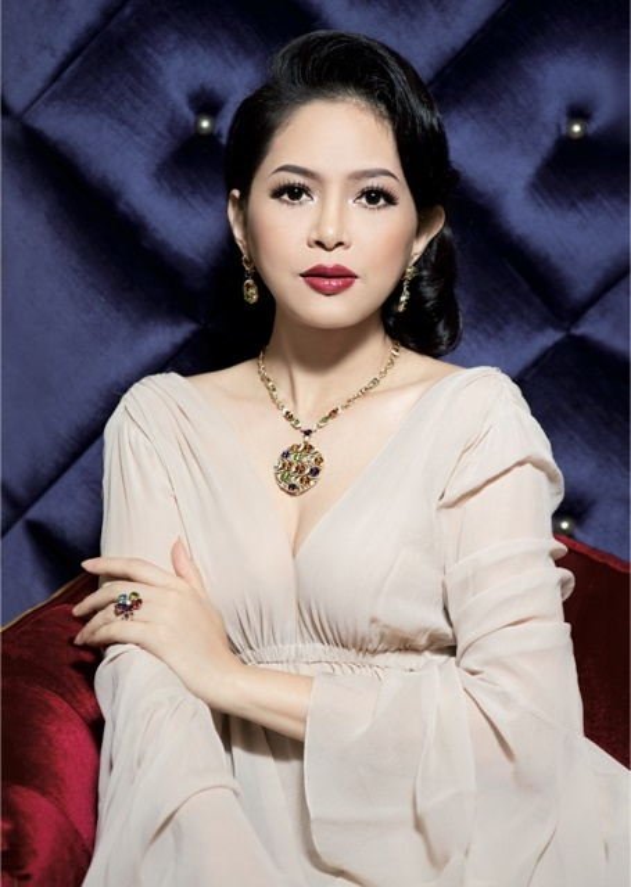 Dien vien Thuy Tien - me chong Ha Tang: U50 van tre trung, sang chanh-Hinh-18