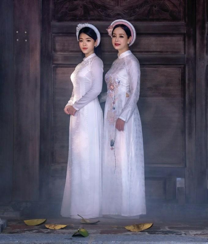 Con gai 16 tuoi cua NS Chieu Xuan vua xinh dep lai da tai, hat hay-Hinh-14