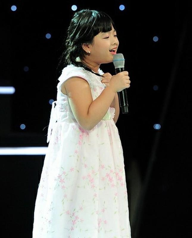 Con gai 16 tuoi cua NS Chieu Xuan vua xinh dep lai da tai, hat hay-Hinh-3