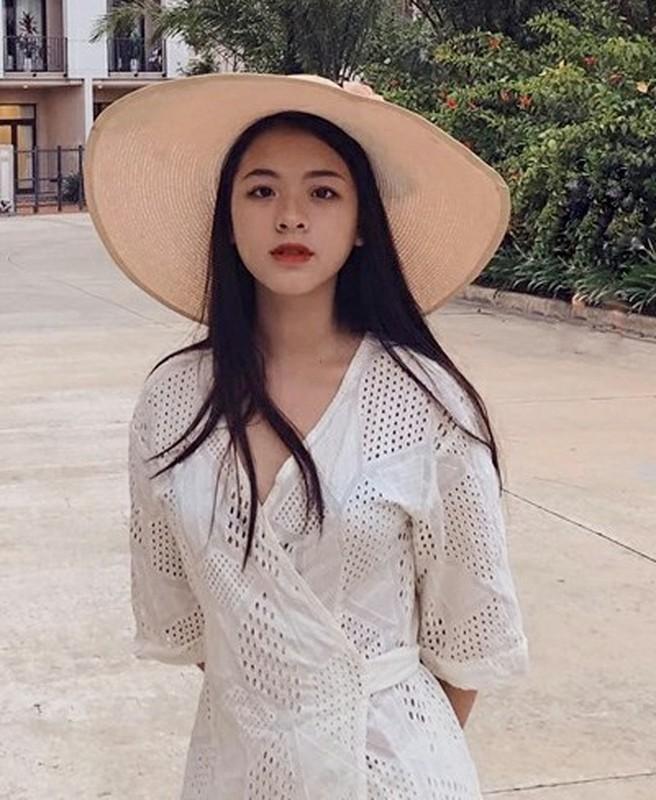 Con gai 16 tuoi cua NS Chieu Xuan vua xinh dep lai da tai, hat hay-Hinh-6