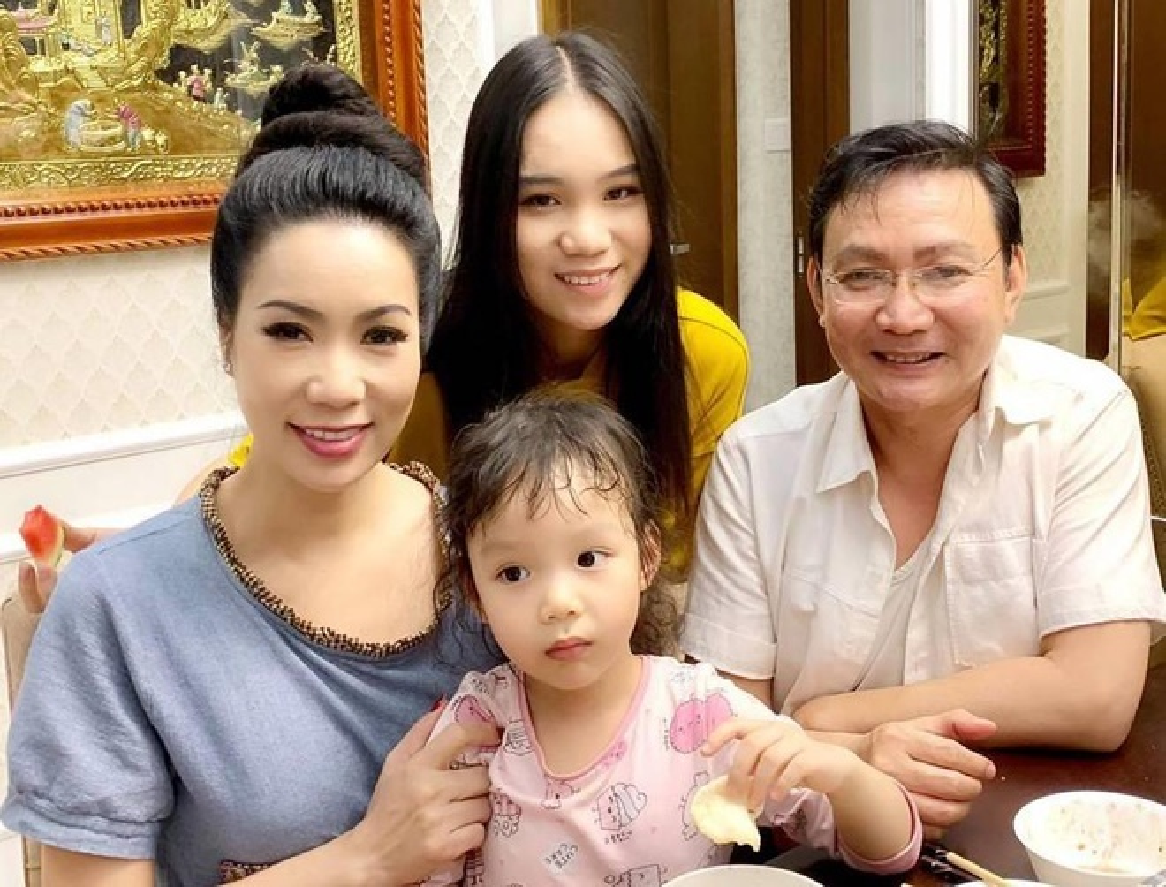 Con gai 17 tuoi, cao 1m72 vua xinh lai gioi cua Trinh Kim Chi-Hinh-18