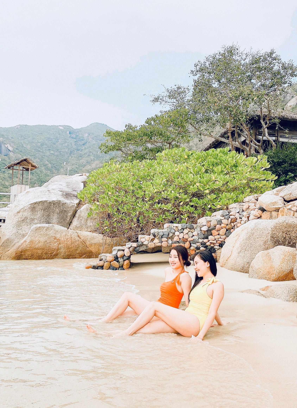 "Huynh Hong Loan noi gi ve ""hop dong tinh cam"" voi cau thu Tien Linh-Hinh-6"