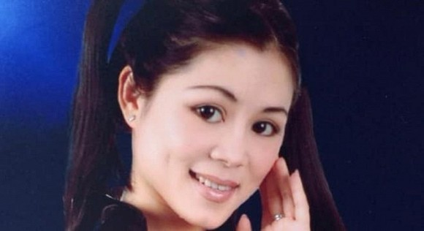 Vo MC Quyen Linh thoi tre qua xinh, bao sao sinh 2 con gai dep nhu hoa-Hinh-3