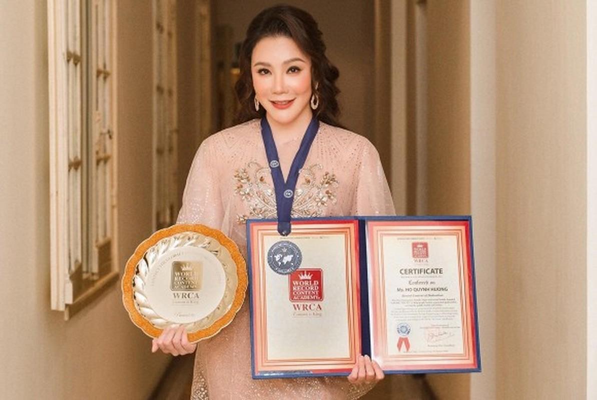 Ho Quynh Huong: Tu ngoi sao hang A den doanh nhan doc than-Hinh-5