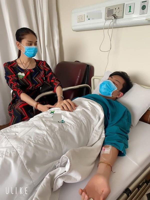 Lam Khanh Chi gay hoang mang khi chia se chong phai nhap vien-Hinh-2
