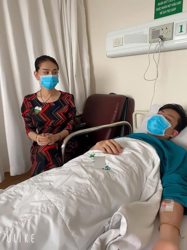 Lam Khanh Chi gay hoang mang khi chia se chong phai nhap vien