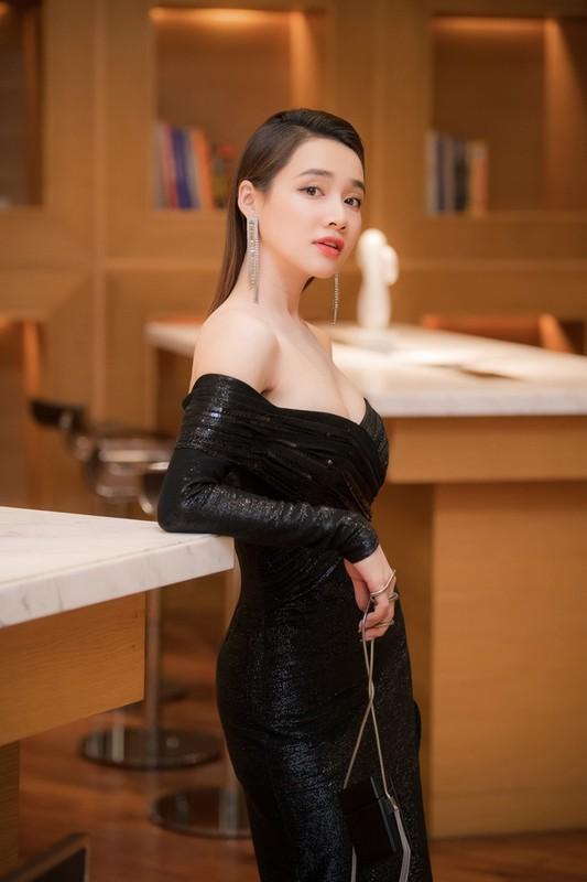 Tang Thanh Ha va loat my nhan goi cam muot mat khi tang can-Hinh-24
