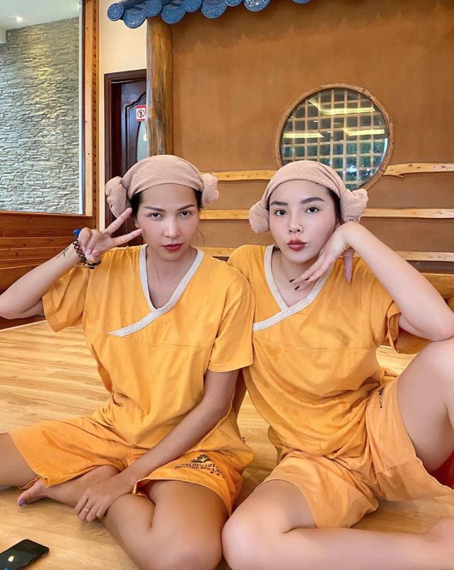 Chi Pu khoe vong 1 quyen ru trong tiec mung sinh nhat-Hinh-11