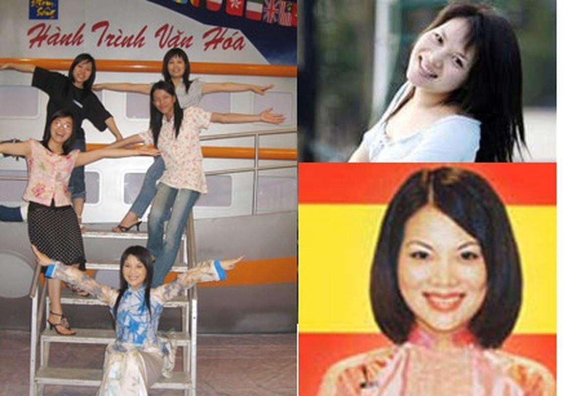 """Hinh anh """"ngo tau"""" cua Lai Van Sam va nhung MC dinh dam-Hinh-5"""