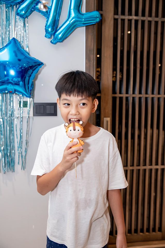 Ho Ngoc Ha, Cuong Do La vui ve to chuc sinh nhat cho Subeo-Hinh-10