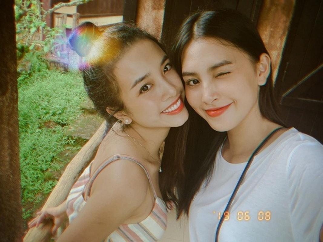 Mai Phuong Thuy va hoi ban than toan hoa hau, a hau cua Vbiz-Hinh-9