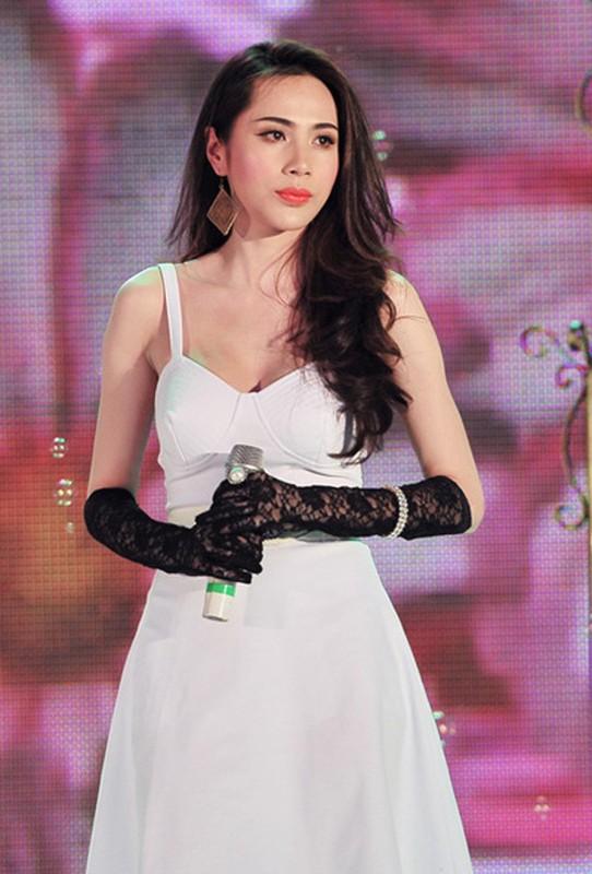 Cuoc song van nguoi mo cua 2 my nhan cung ten Thuy Tien-Hinh-6