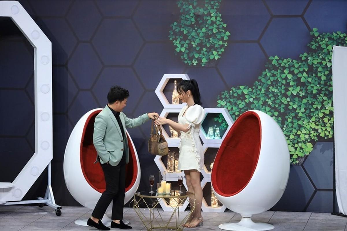 Phan ung cua Lynk Lee khi Truong Giang lien tuc doi hon-Hinh-7