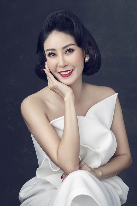 Lay chong giau, song cung 4 con Ha Kieu Anh quen di song gio-Hinh-6