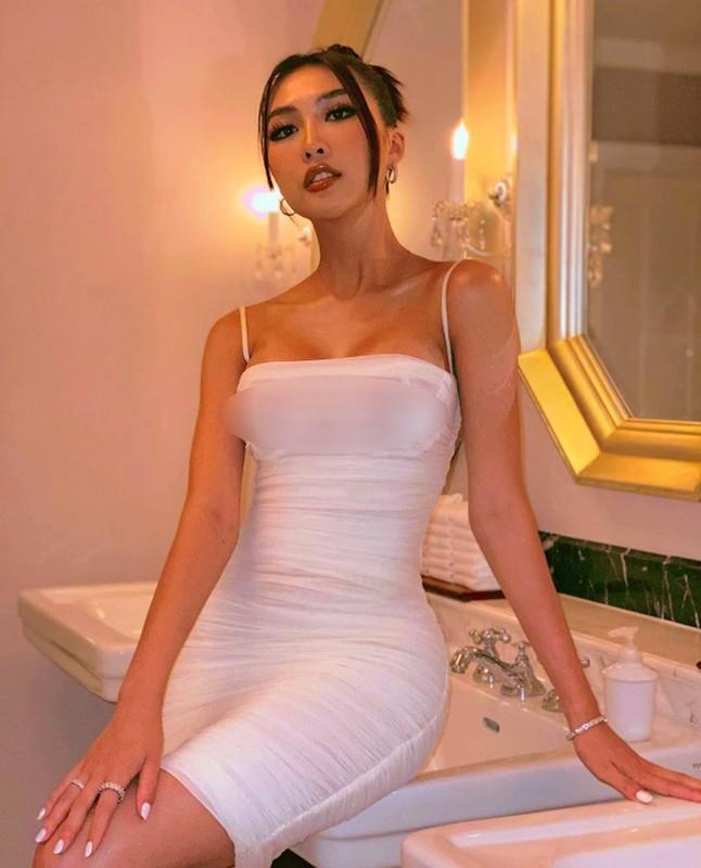 Hoang Thuy va loat sao gay tranh cai vi mac lo di dam cuoi-Hinh-2