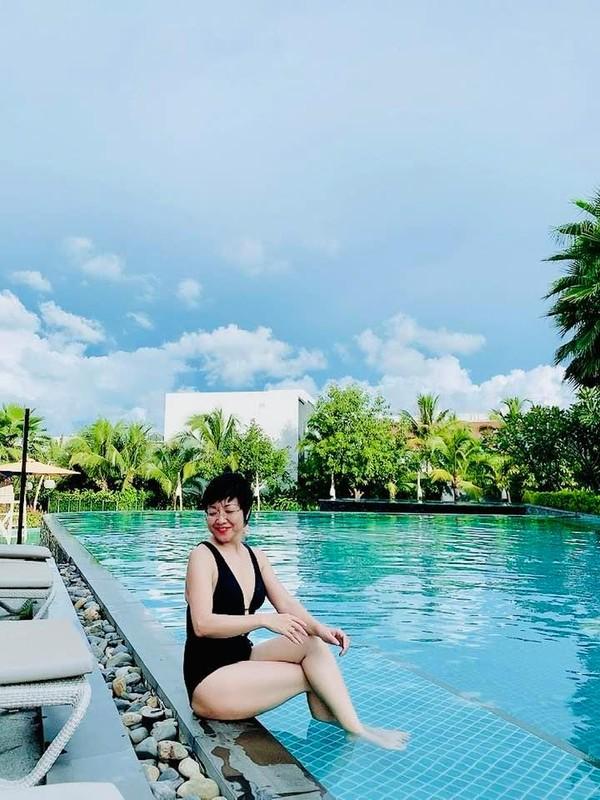 MC Thao Van hiem hoi khoe anh mac bikini o tuoi 50-Hinh-3
