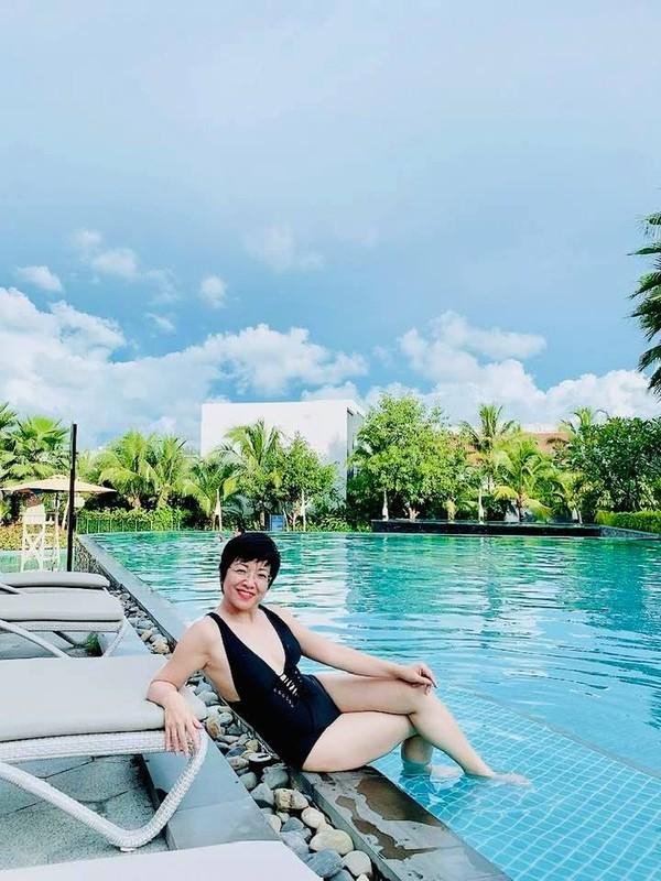 MC Thao Van hiem hoi khoe anh mac bikini o tuoi 50-Hinh-4