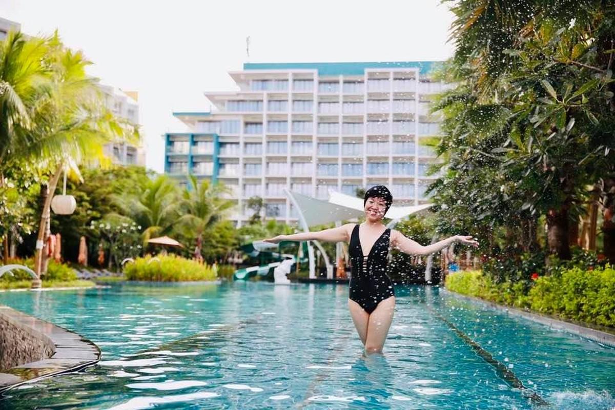 MC Thao Van hiem hoi khoe anh mac bikini o tuoi 50-Hinh-6