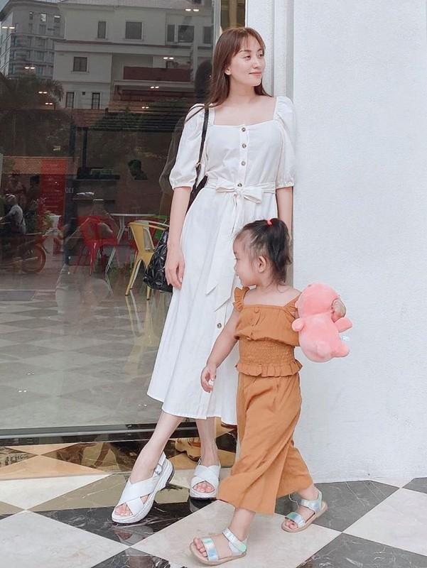 Con gai sinh non 1,9kg cua Khanh Thi ngay cang dang yeu-Hinh-2