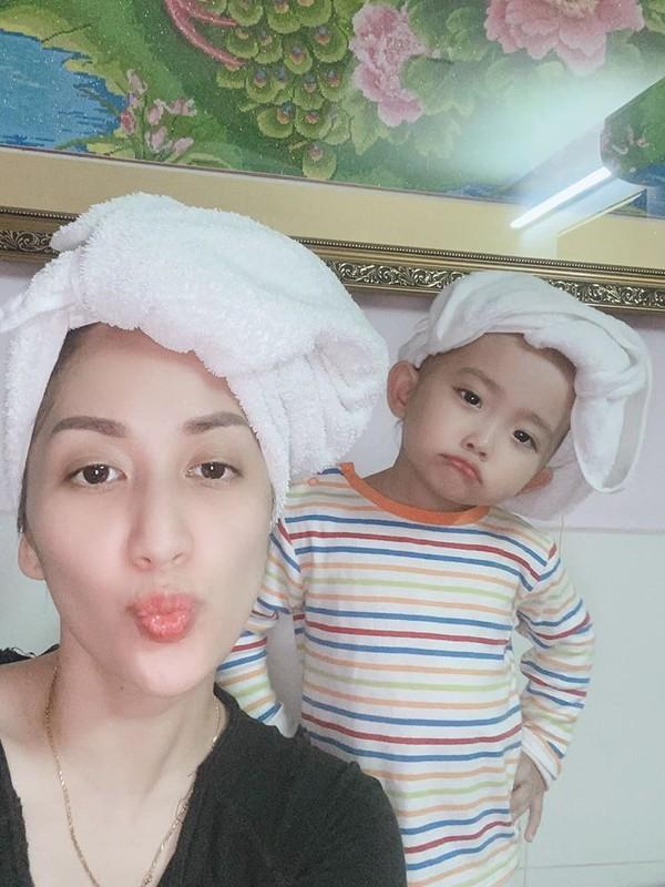 Con gai sinh non 1,9kg cua Khanh Thi ngay cang dang yeu-Hinh-5