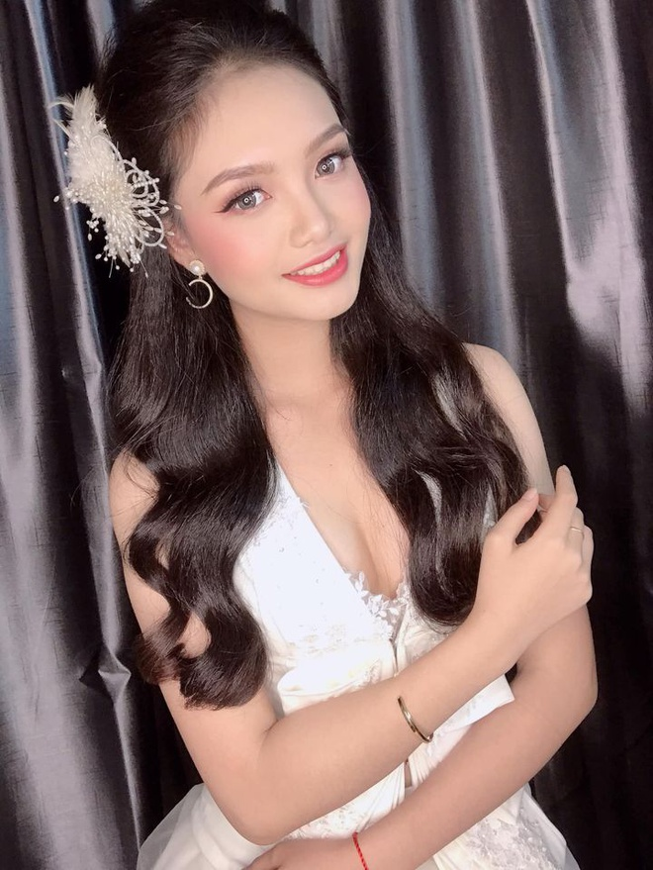 Nhan sac thi sinh Hoa hau Viet Nam bi ep cuoi nam 17 tuoi-Hinh-7