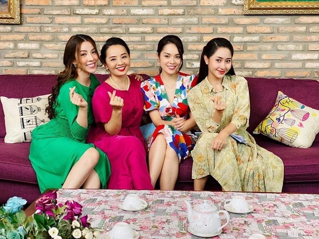 Diva Thanh Lam hanh phuc di du lich cung ban trai bac si-Hinh-10